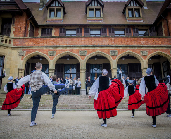 Group of Basque Folklore dancing in front of the Miramar Palace